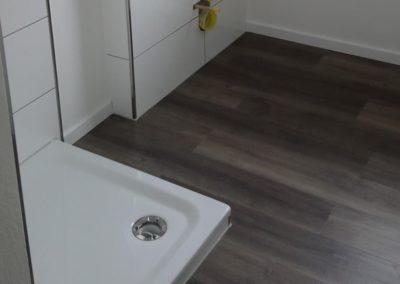 Eleganter Boden im Badezimmer